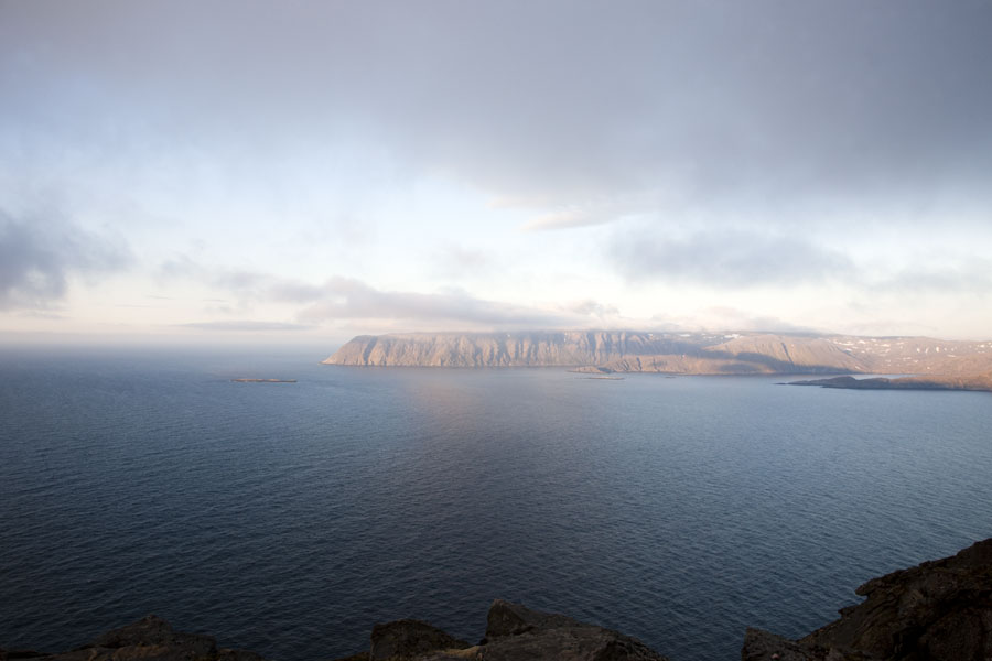 Nordkapp - Looking out